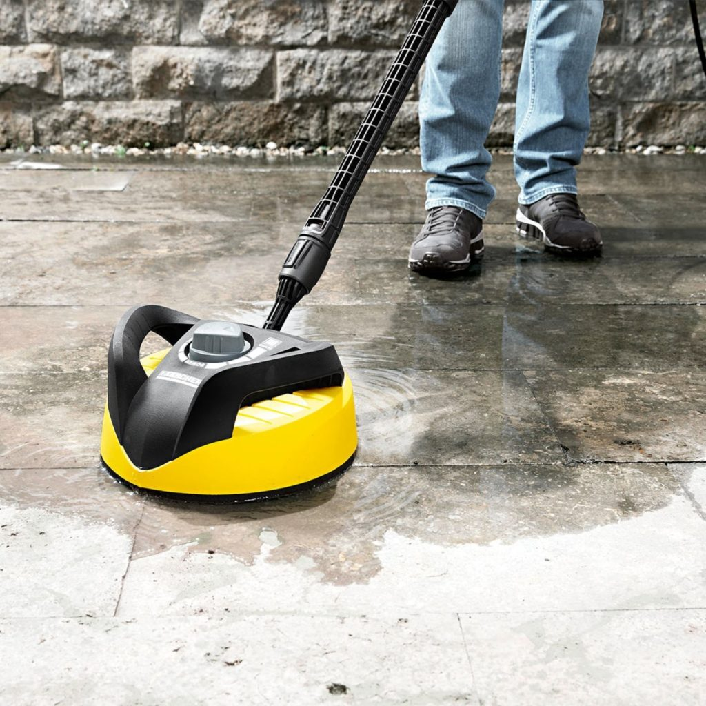 Using karcher pressure washer to clean patio